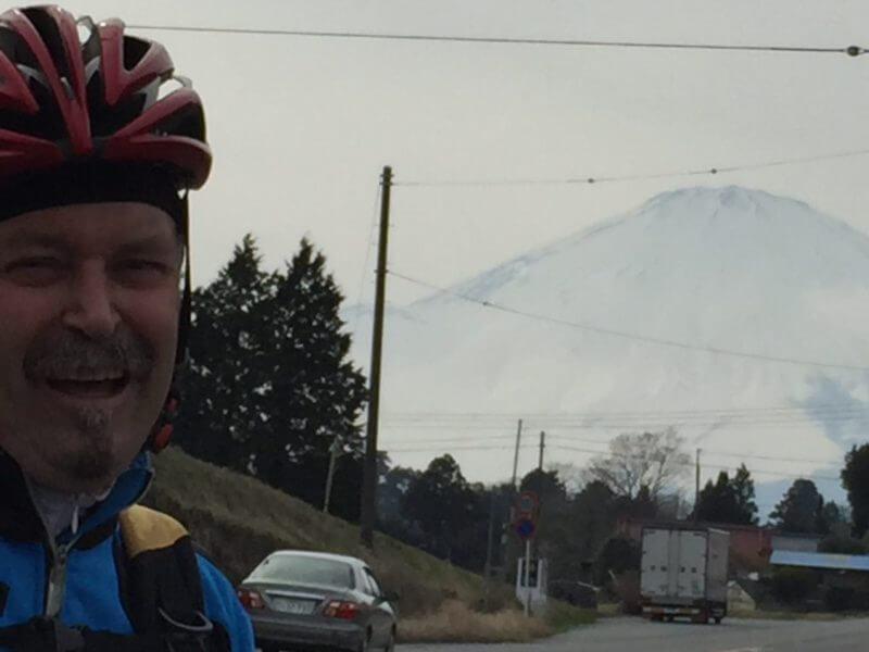 これから富士山を超えて静岡に行きます。
