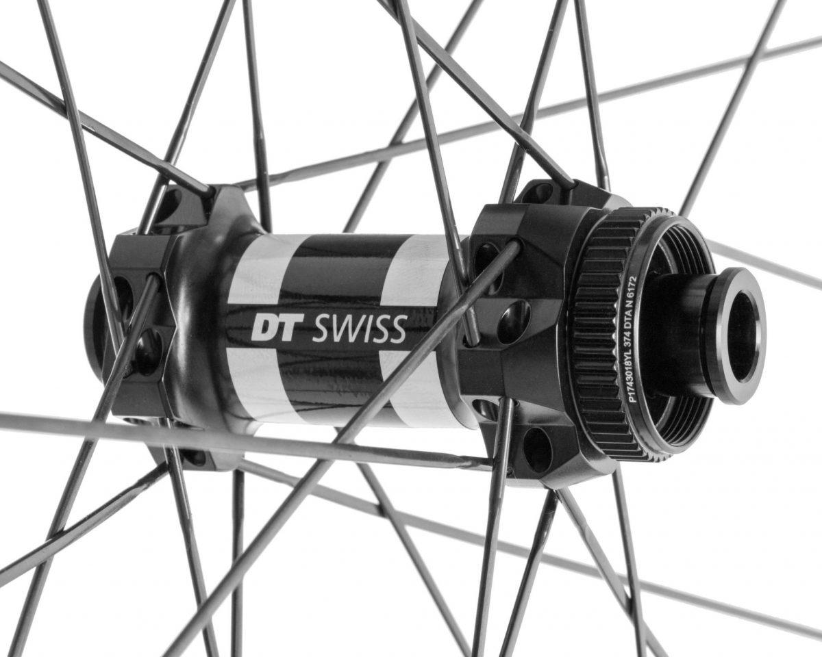 これはDTスイス社のDT350ストレートプル、ディスクブレーキ・センターロック用フロントハブです。