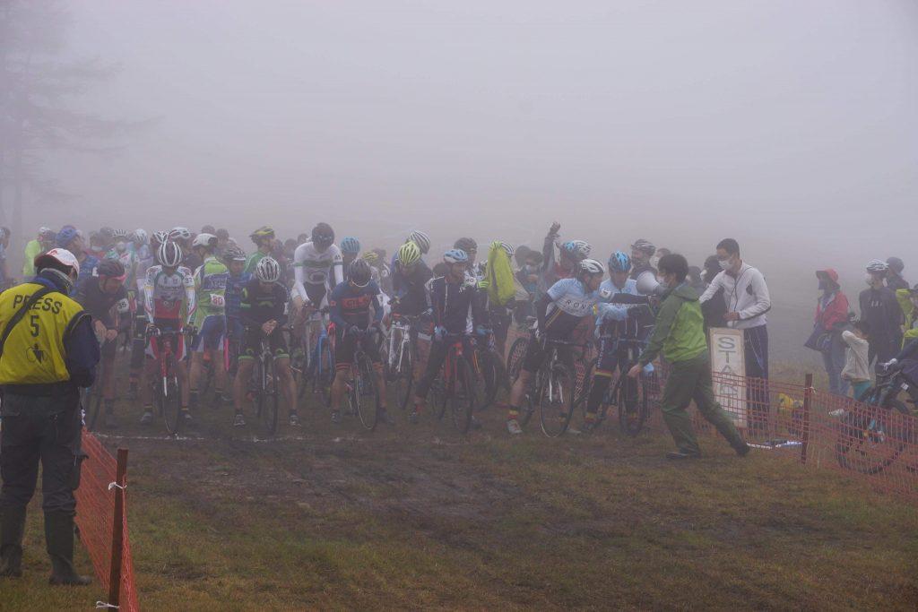 shirakaba lake CX race は前夜の雨でマッド状態で参加しました。