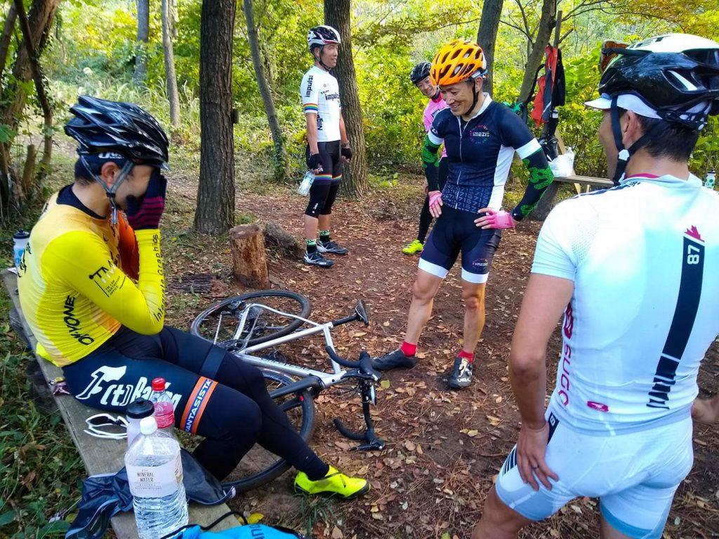今日の CX race training は大きなグループになりました。