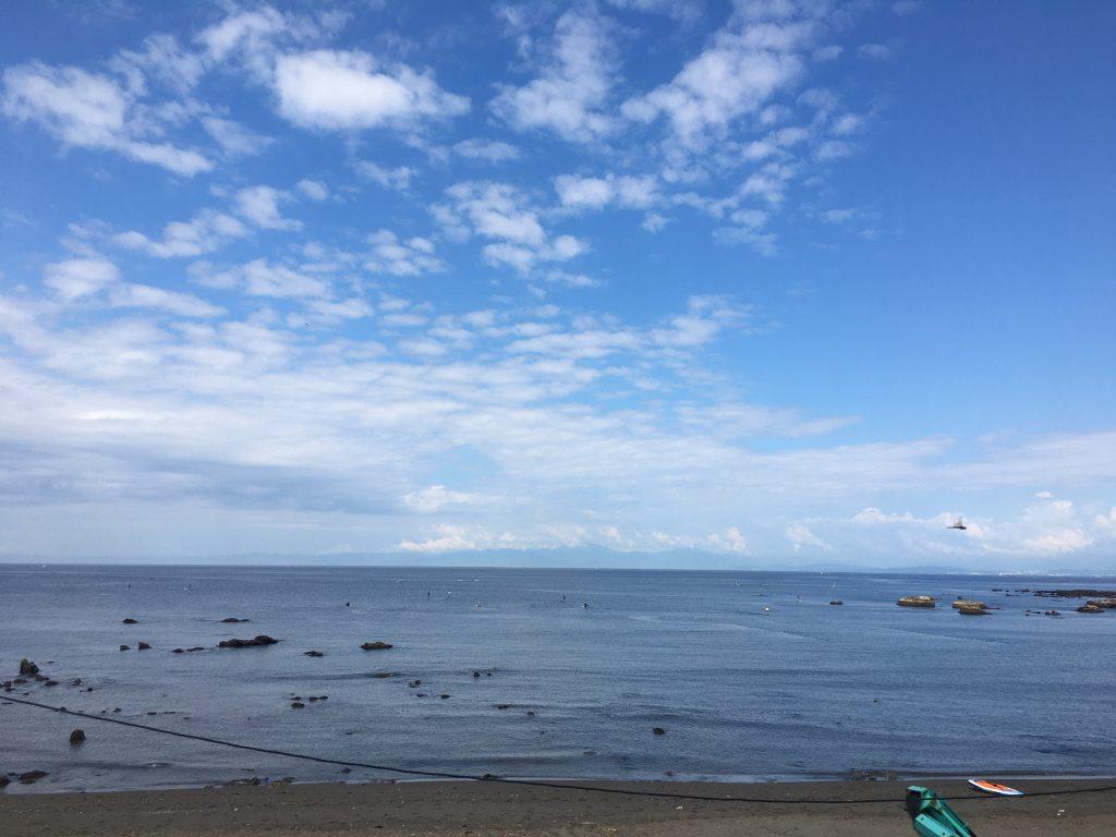 夏トレーニング 、葉山の海でスイムの後ライド。